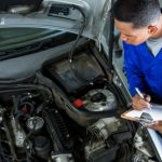 mechanic-preparing-check-list_1170-1690